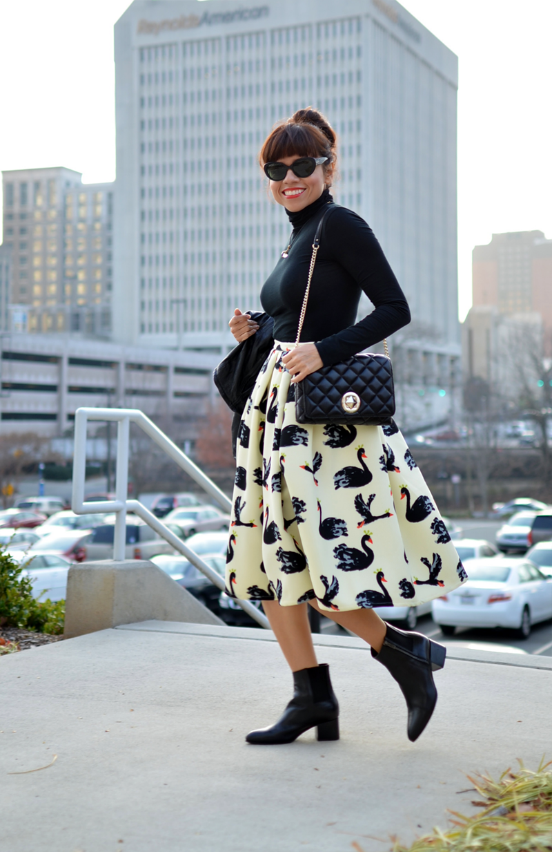 Outfit with swans printed skirt