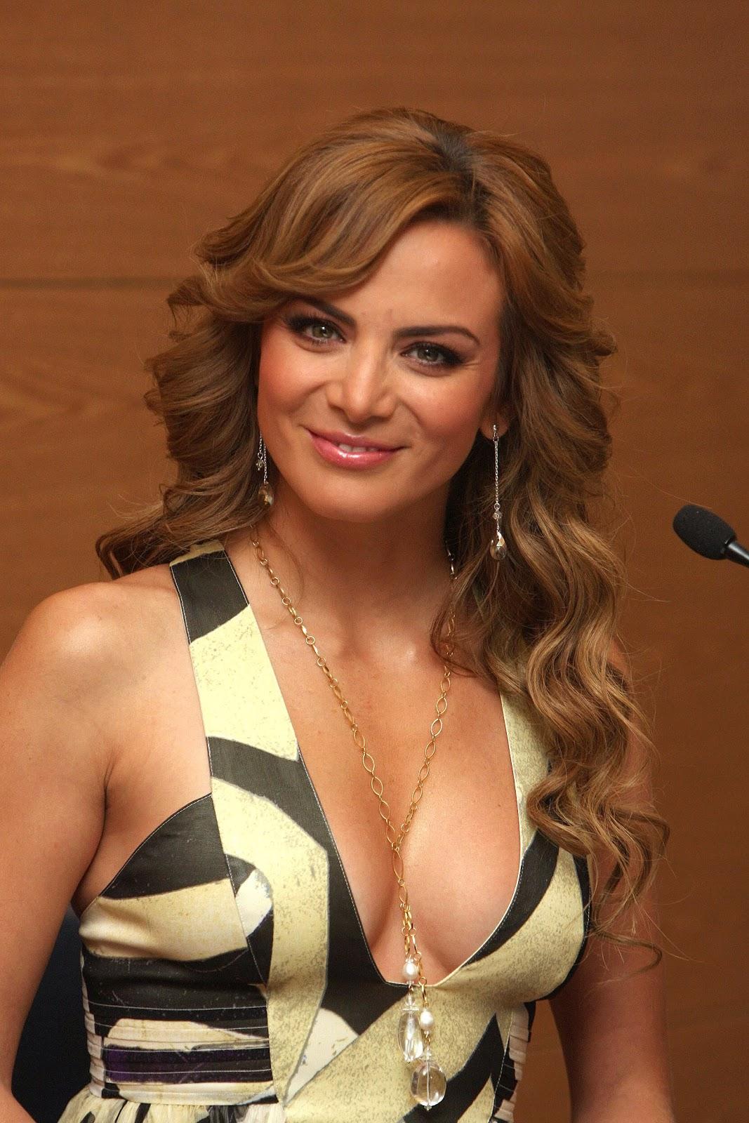... la actriz principal de las telenovelas mas exitosas en brasil avenida