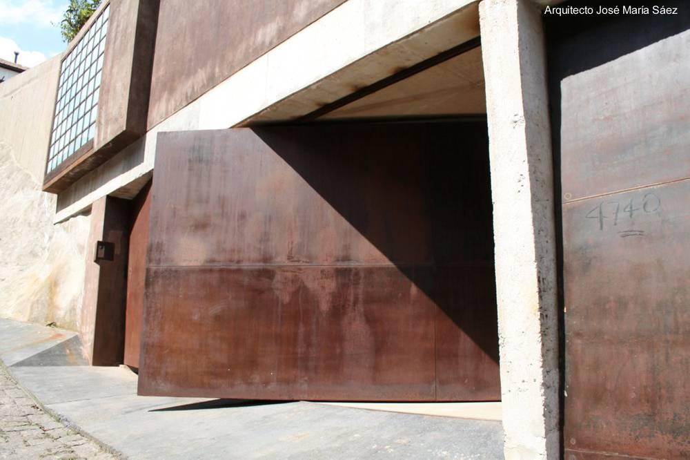 Arquitectura de casas moderna y antigua casa residencial - Garajes de metal ...