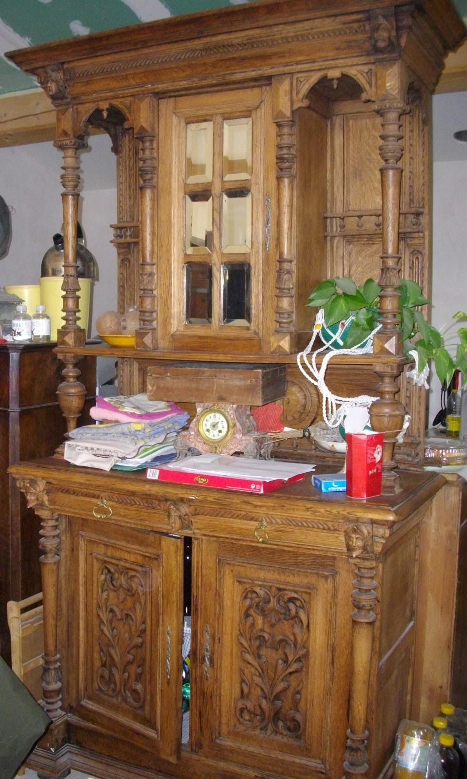 ancien meuble buffet haut deux corps henry ii sculpt b niste xixeme gargouille i brocante. Black Bedroom Furniture Sets. Home Design Ideas