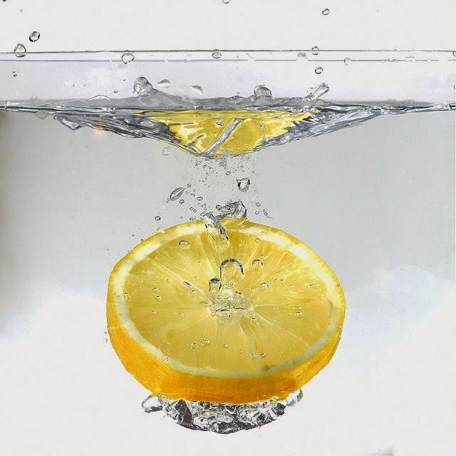 plukanie wlosow woda a cytryna