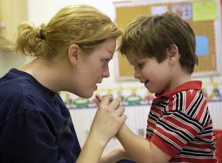 внимание аутичного ребенка