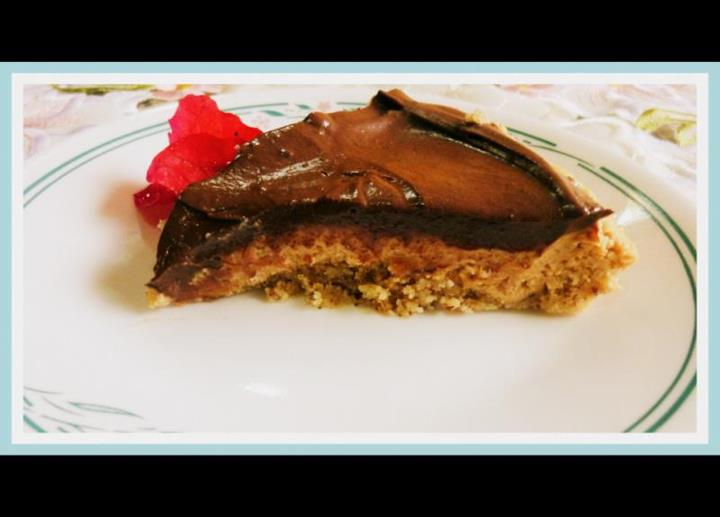 SPLENDID LOW-CARBING BY JENNIFER ELOFF: Chocolate Peanut Butter Pie