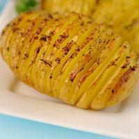 Thơm lừng khoai tây nướng tỏi