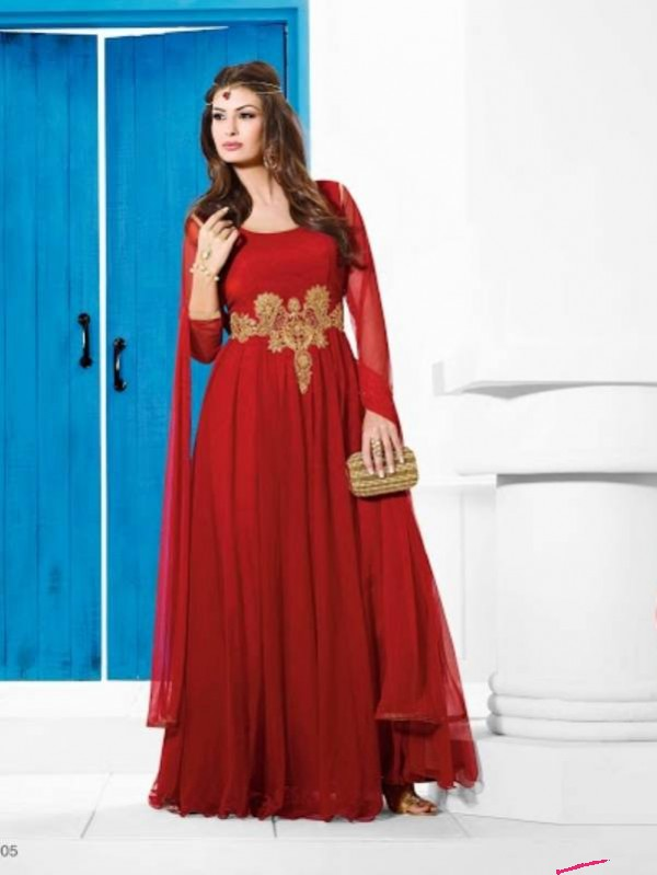 Latest Bold And Hot Gowns for Women: Try Western Gowns for this ...
