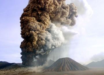 Foto Letusan Gunung Bromo