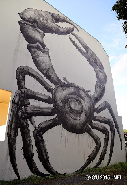 ROA was also in Tahiti where he was invited to paint a new piece on the streets of Papeete for the Ono'U Street Art Festival.