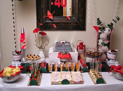 Mesa dulce rojo y negro