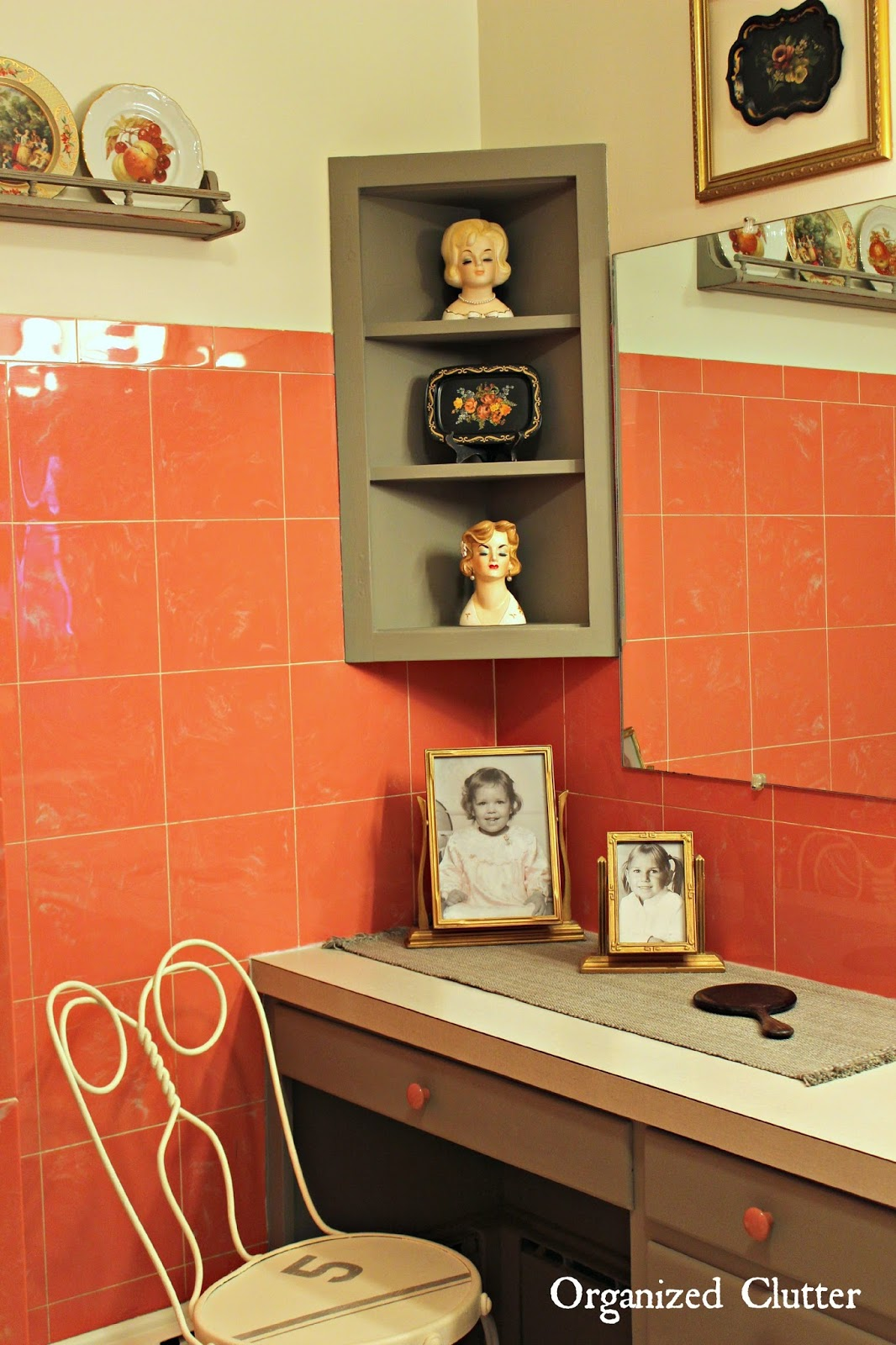 Period Decor for a Vintage Bathroom www.organizedclutterqueen.blogspot.com