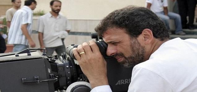 أحمد موسى يعرض 150 صورة فاضحة للمخرج المشهور خالد يوسف