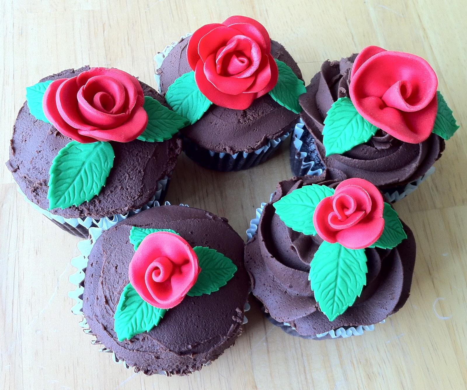 Betty Crocker Decorating Cake Icing Gluten Free : Betty Crocker Gluten Free Cake Mix and Easy Cupcake ...