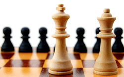 Поиграй в шахматы