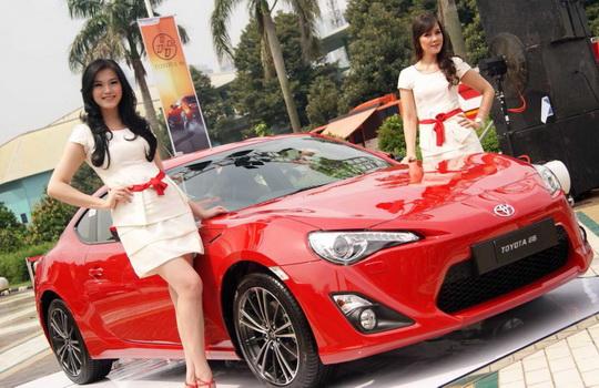 Toyota Bandung: Avanza, Veloz, Kijang Innova, Nav1, Rush, Yaris