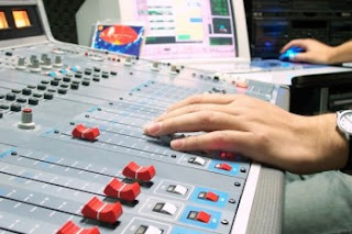 Republica Dominicana: Indotel exhorta dar el salto de la radio análoga a la digital.