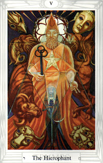 O HIEROFANTE – Tarô de Crowley