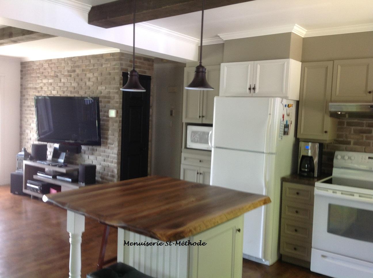 menuiserie st m thode comptoir en bois. Black Bedroom Furniture Sets. Home Design Ideas
