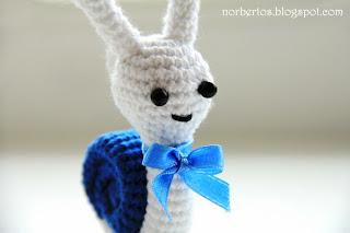 Crochet snail pattern