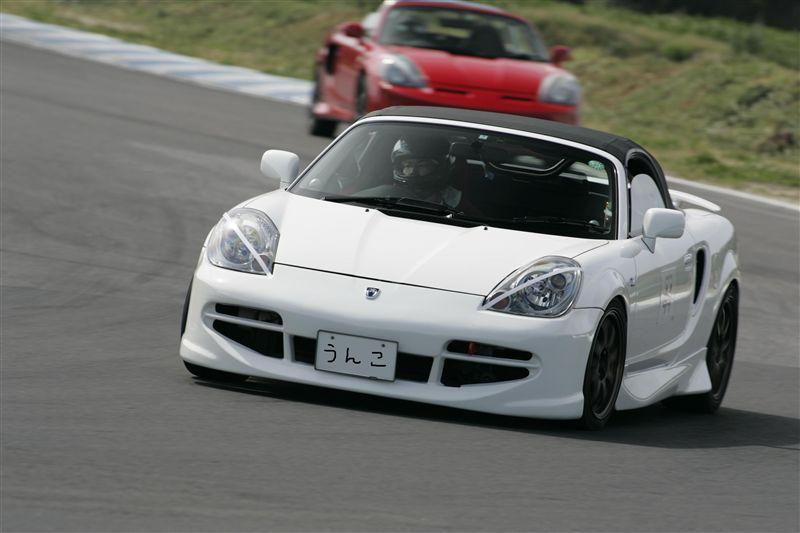 Toyota MR2, MK3, roadster, japoński sportowy samochód, wygląd, zdjęcia, biała, na torze wyścigowym, ściga się, オープンカー