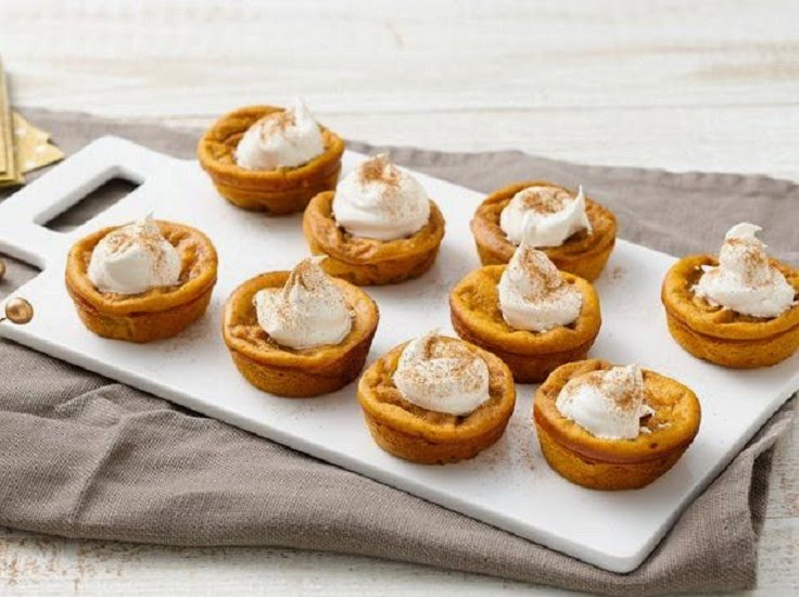 http://www.bettycrocker.com/recipes/impossibly-easy-mini-pumpkin-pies/29854cdf-9068-4bf2-bacc-0696cd74887e