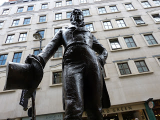 Statue of Beau Brummell, Jermyn Street, London