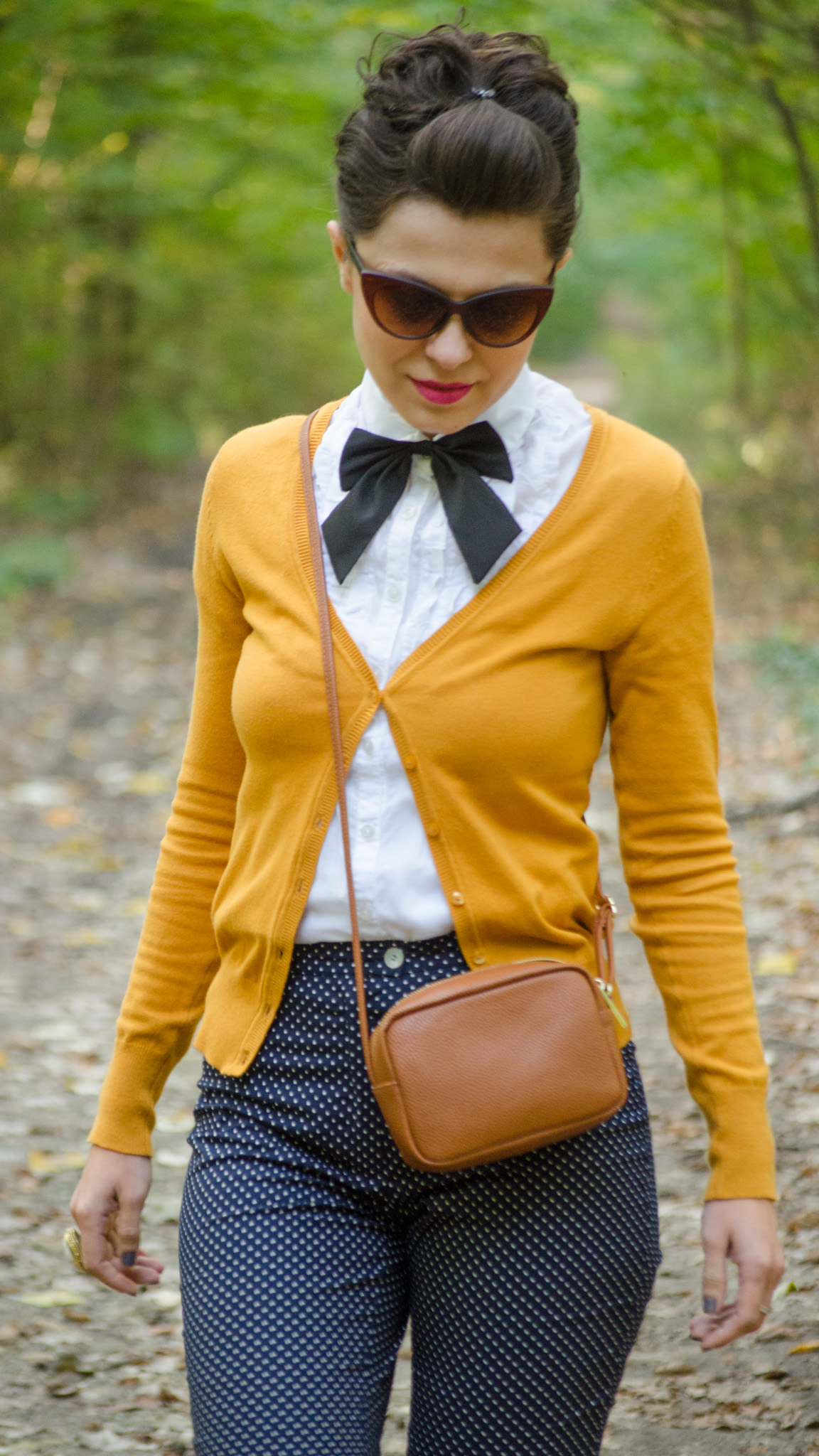 navy flares pants white shirt mustard sweater black bow-tie brown satchel bag koton C&A dotted cat-eye glasses mustard heels
