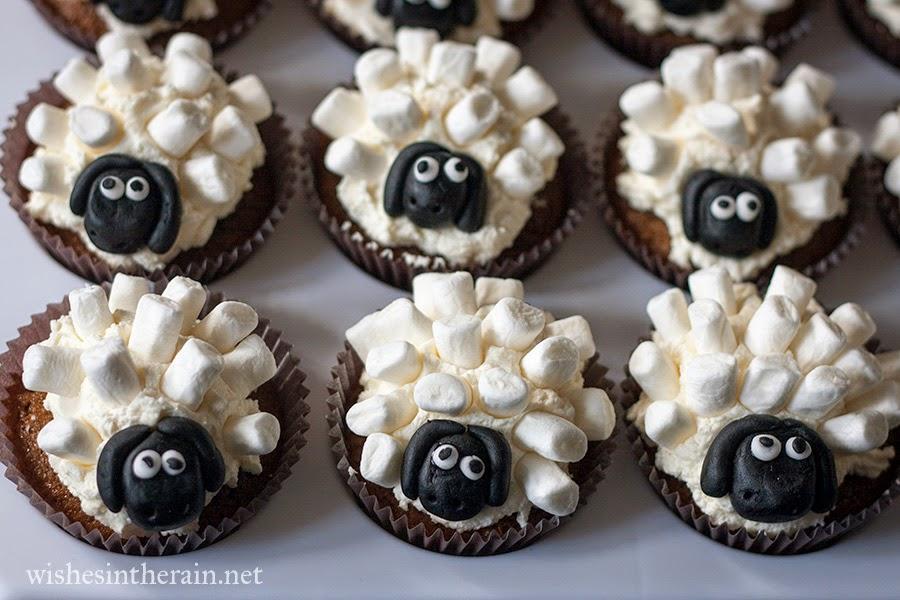 sheep cupcakes closeup