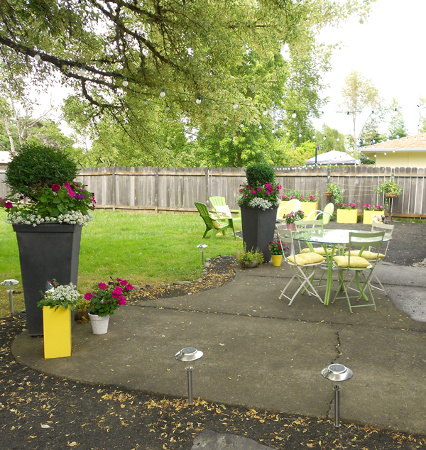abby backyard makeover diy crushed rock patio