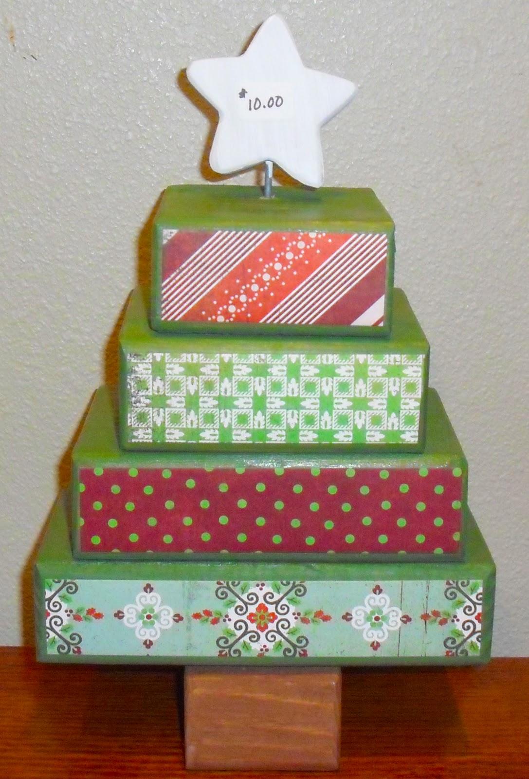 Polka dot door creations christmas crafts 2011 for Christmas crafts using wood