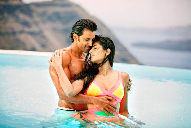 Sexy Romance with Hrithik Roshan in Bang Bang