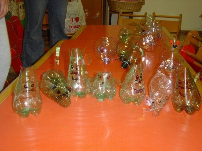 Topolini con le bottiglie di plastica for Vasi con bottiglie di plastica