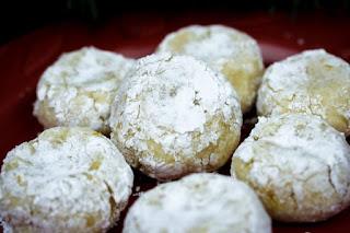 ricciarelli-cookies