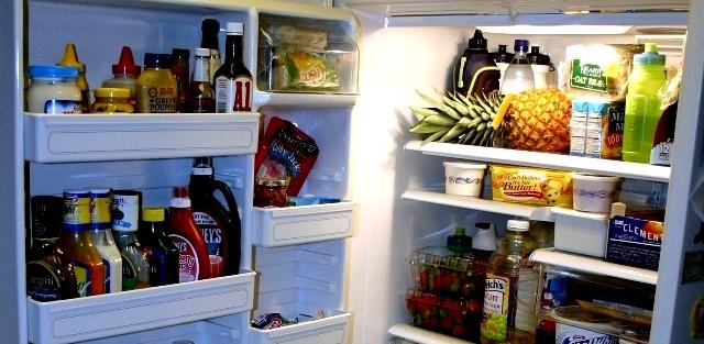 buat Anda para ibu di rumah yang mempunyai kebiasaan berbelanja dalam sekali waktu 10 Tips Menyimpan Makanan di Kulkas Agar Tetap Segar