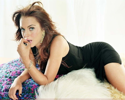 lindsay_lohan_hollywood_actress_hot_wallpaper_14_fun_hungama_forsweetangels.blogspot.com