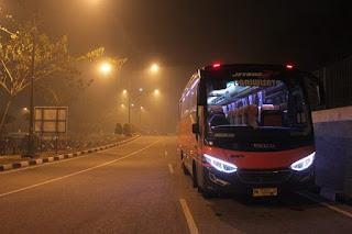 sewa bus pariwisata pekanbaru 111