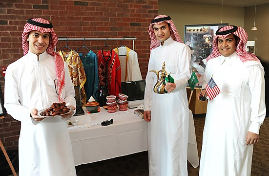 New Generation S Clothing Line Saudi Traditional Clothes
