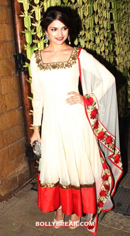 , Amitabh Bachchan Diwali Bash Photos