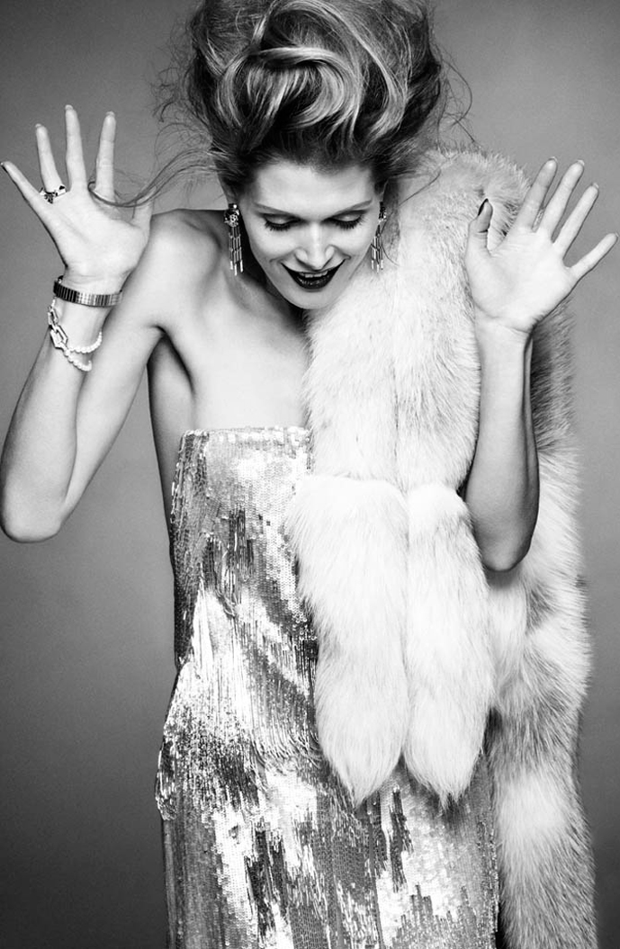 Malgosia Bela in Vogue Spain July 2011 (photography: Greg Kadel) via fashioned by love british fashion blog / christmas gift guide in silver