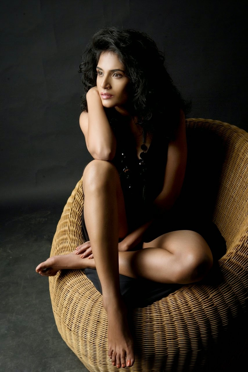 richa chadda hd wallpapers free download - lab4photo