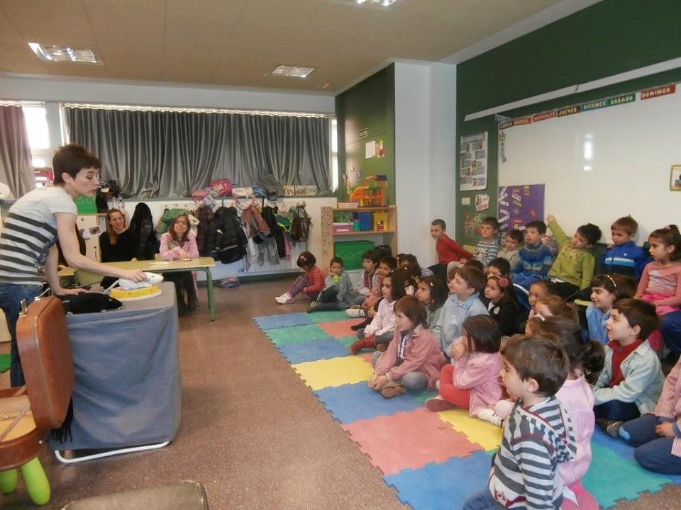 http://ceipanadeaustria.centros.educa.jcyl.es/aula/archivos/repositorio//250/256/html/cuentacuentos14/index.html