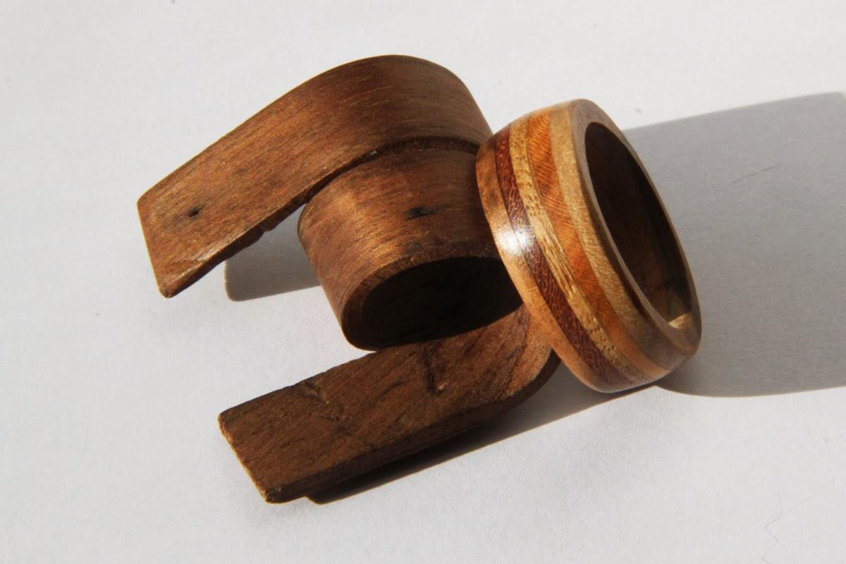 Marna workshop Anneau en lamellé bois ~ Bague Homme Bois