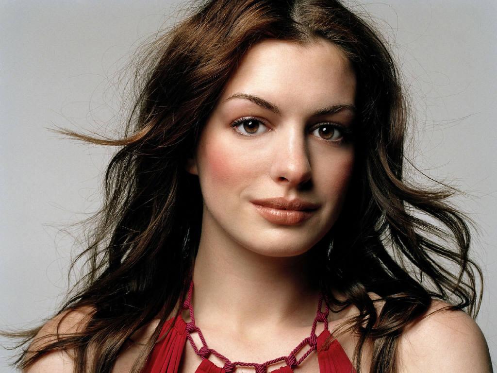 http://3.bp.blogspot.com/-r2jK76YFmpA/TmSpZuouS6I/AAAAAAAAEc4/uJkTm3wDWvw/s1600/Anne+Hathaway+HD+Wallpapers+10.jpg
