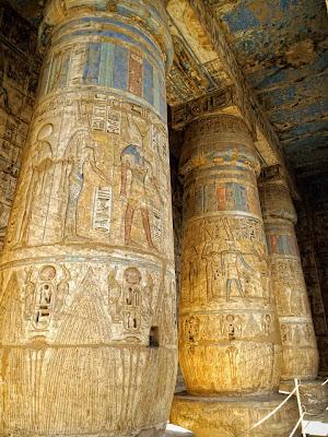 Sala hipostila del templo funerario de Ramsés III