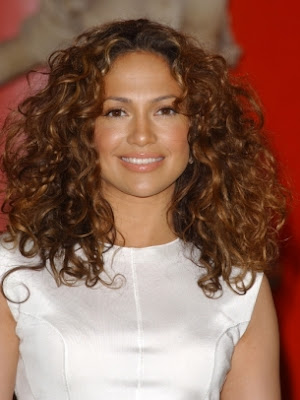jennifer lopez hairstyles curly. 2010 Jennifer Lopez Hairstyle