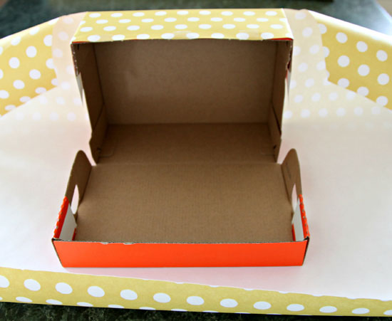 How To Wrap A Shoe Box With An Attached Lid