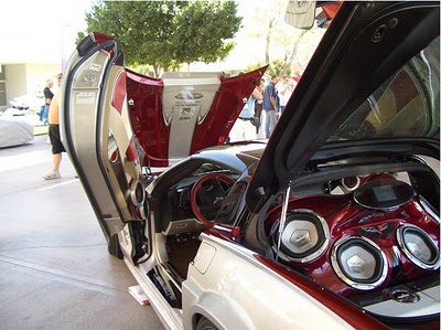 The First Thing You Can Do If You Make A Gift Of An Older Car For A New Teen Mobile  Is To Get The Car Thoroughly Cleaned Inside And By A Professional.