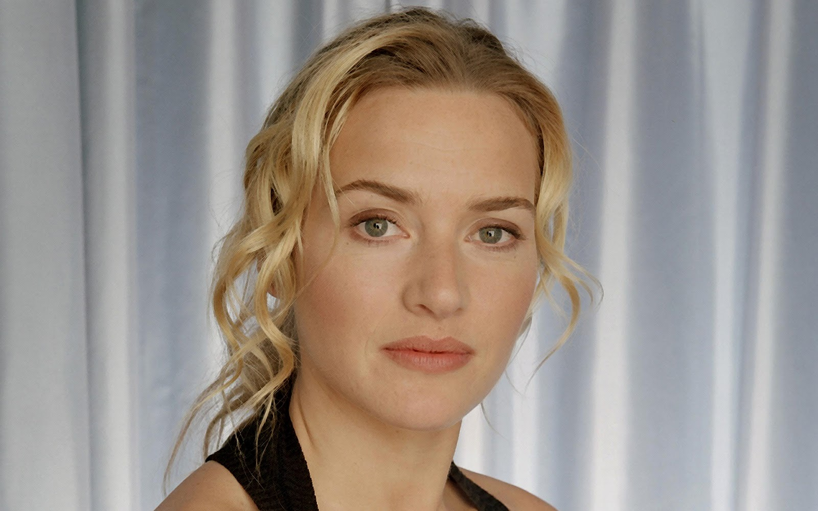Kate Winslet Latest Wallpapers | Kate Winslet Wallpapers Mischa Barton Friends