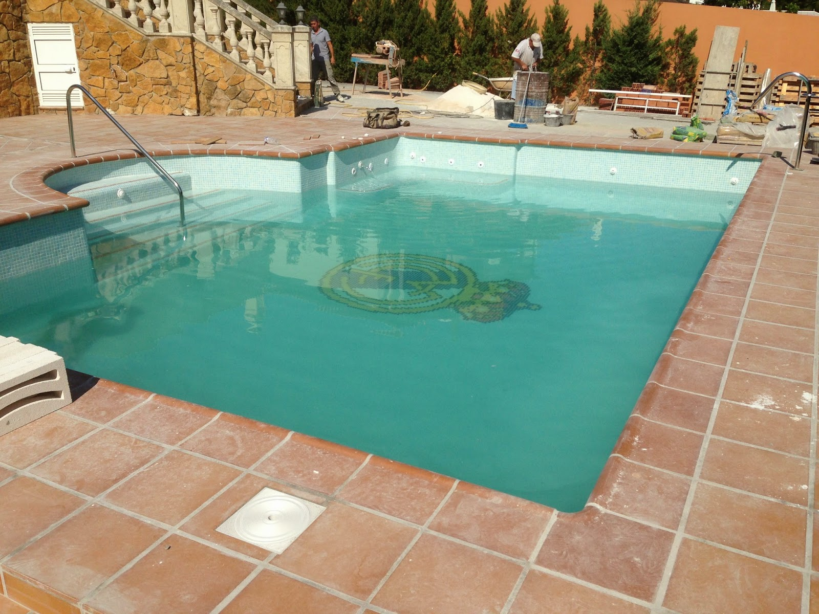 Arquisurlauro proyectos de piscinas piscina privada ejecutada en alhaur n de la torre - Proyecto piscina privada ...