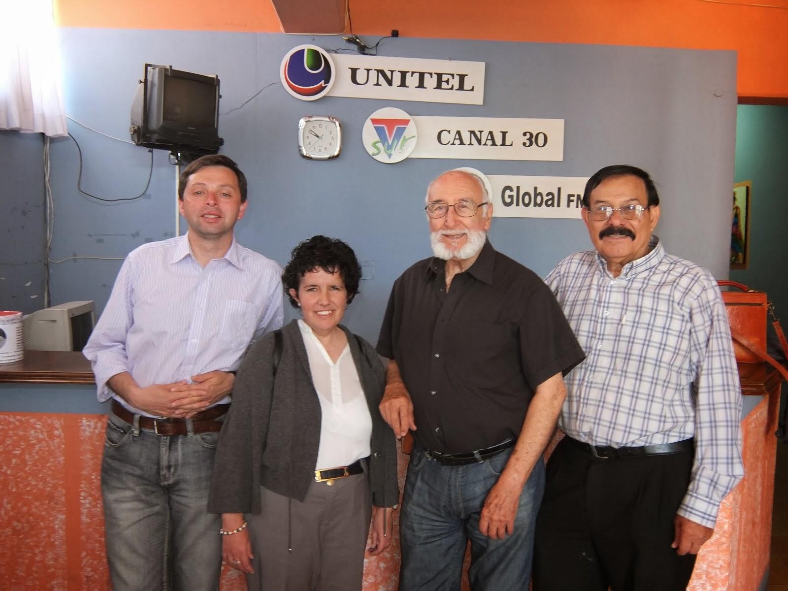 ENTREVISTA EN LA RADIO, ENCUENTRO INTERNACIONAL DE ESCRITORES Y ARTISTAS TARIJA (BOLIVIA)