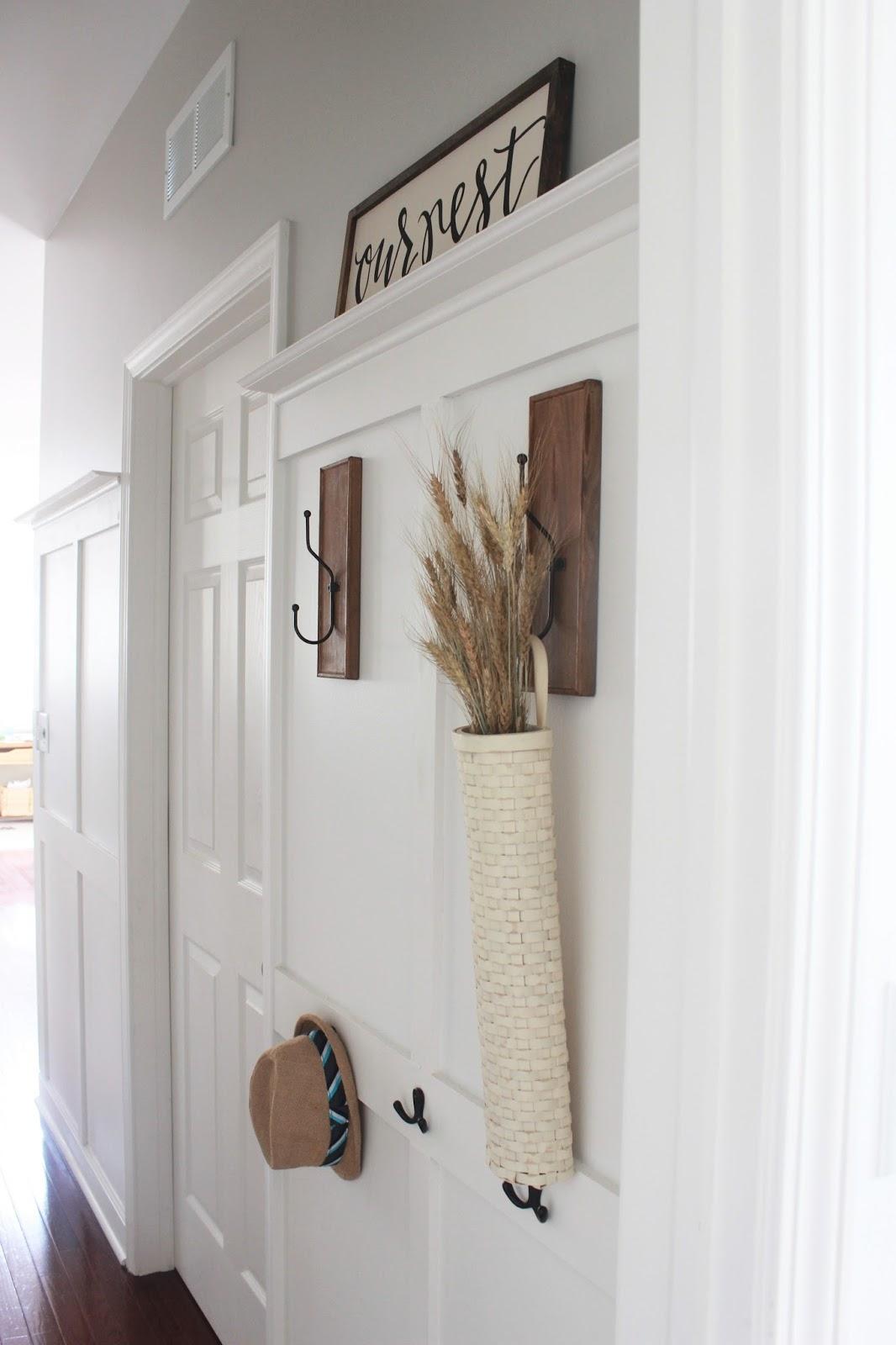 Foyer Hallway Zones : How to build a board and batten coat rack wall