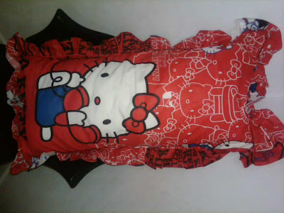 Bantal Cinta Hello Kitty Telephone
